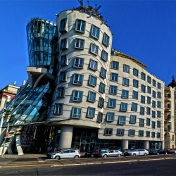 What is and where is Dancing house Prague?