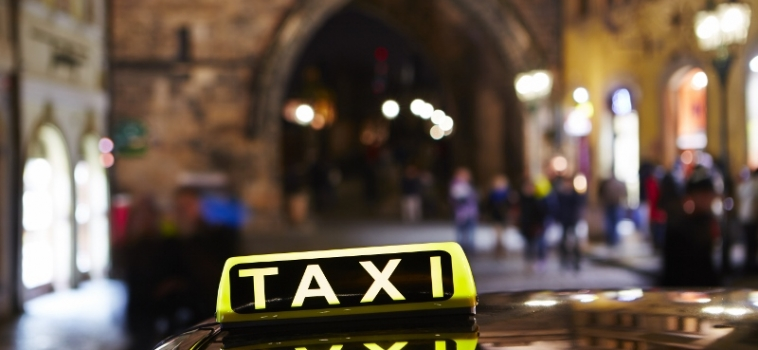 Prague Taxi: Ripping off customers!